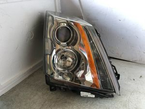 2008 2009 2010 2011 2012 2013 Cadillac CTS OEM Right Halogen Headlight Headlamp for Sale in Nashville, TN