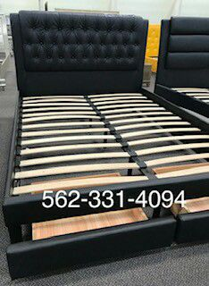 Black Faux Leather Queen bed with Drawers , Mattress Included, Con Colchon for Sale in Lemoore, CA