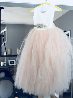 Couture Flower girl dress for Sale in Chicago, IL
