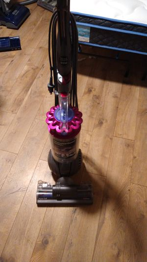 Dyson ball animal plus. Great condition for Sale in Lakewood, WA
