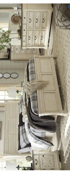 [SPECIAL] Bolanburg Antique White Panel Bedroom Set | B647 for Sale in Frederick, MD
