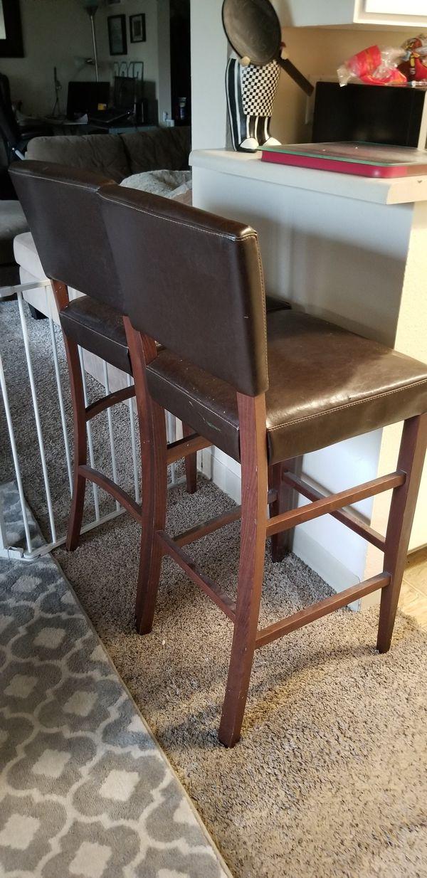 Set of two bar stools.
