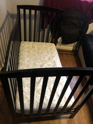 baby crib & mattress for Sale in Ellenwood, GA