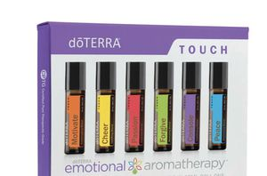 dōTTERA touch Emotional aromatherapy kit for Sale in Hialeah, FL