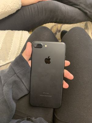 iPhone 7+ awesome condition for Sale in Saugus, MA