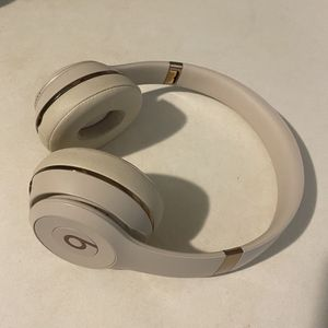 Beats Solo 3 Bluetooth Wireless for Sale in West Palm Beach, FL