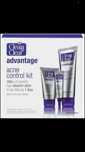 Clean and Clear ACNE CONTROL KIT for Sale in Tonawanda, NY