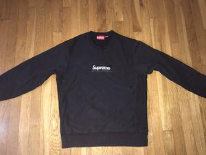 Supreme FW18 crewneck (Black) for Sale in Auburn, WA