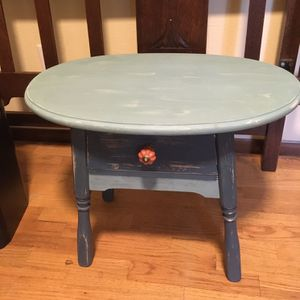 Annie Sloan Painted Small Table for Sale in Gig Harbor, WA