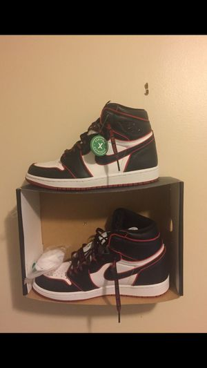 Jordan 1 bloodline size 9.5 for Sale in Glenview, IL