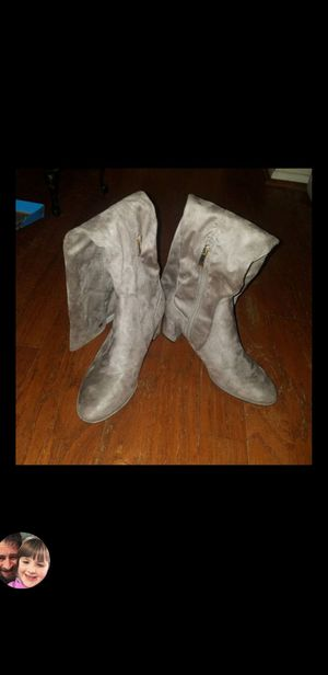 Liz Claiborne suede thigh high boots taupe size 8 for Sale in Tampa, FL