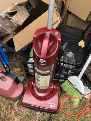 Floor scrubber and small vacuum cleaners for Sale in Kirkland, WA