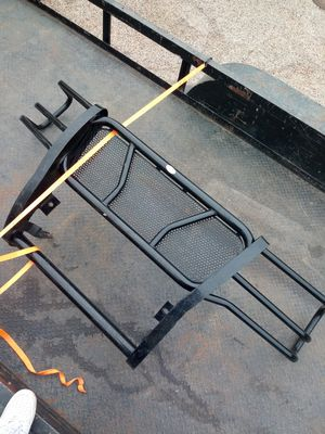 Grill guard. 03 to 07 chevy for Sale in Abilene, TX