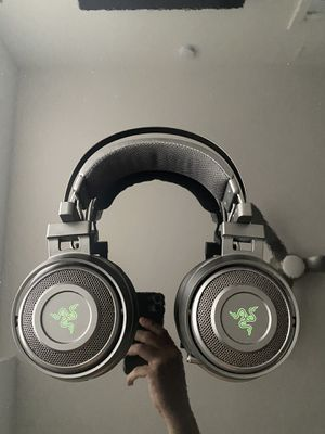 Razer Nari (Bluetooth- wireless and wired) Gaming Headset for Sale in Miami, FL