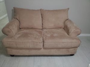 Perfect condition loveseat for Sale in Miami, FL