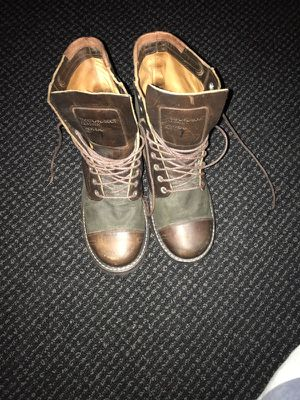 Vintage Timberland Boots Sz.7 in Men for Sale in Philadelphia, PA
