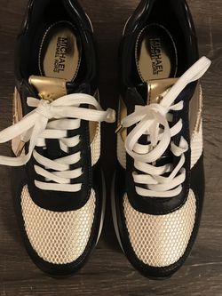 Women's Shoes By Michael Kors for Sale in Seal Beach,  CA