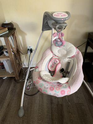 Free baby swing for Sale in Fort Walton Beach, FL