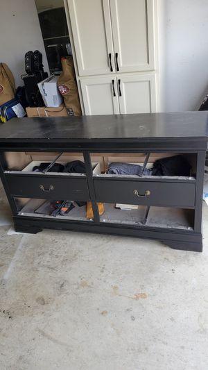 Dresser plus mirror for Sale in Tulare, CA
