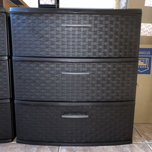 Two sets of plastic drawer towers for Sale in Miami Gardens, FL