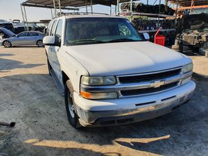 2002 CHEVY SUBURBAN PARTING OUT for Sale in Fontana, CA