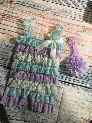 Brand new girls 2pc petti romper hair bow bands photo prop costume dress up this fits size 0-6m 3-6m 6m for Sale in Bethlehem, PA