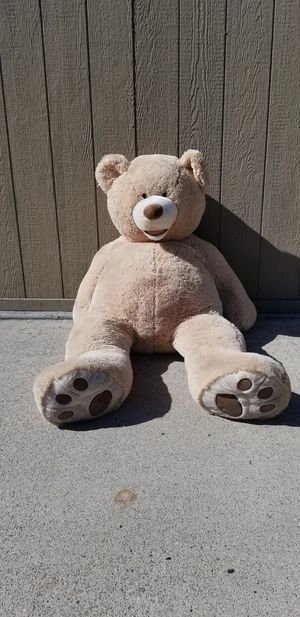 5ft tall teddy bear for Sale in Phillips Ranch, CA