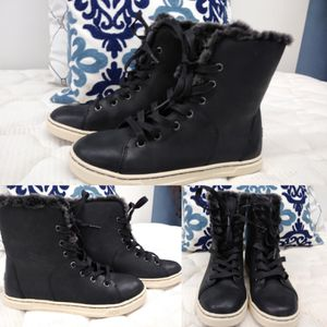 UGG Hi Top Boots / Shoes for Sale in Tampa, FL