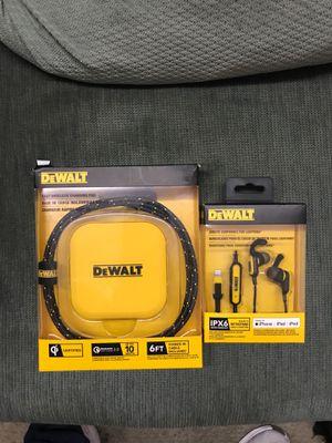 DEWALT fast chArging 🔌 Pad. And Jobsite earphones 🔊 Brand New.! for Sale in San Jacinto, CA