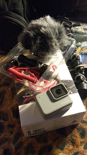 GoPro Hero 7 bundle for Sale in Burleson, TX