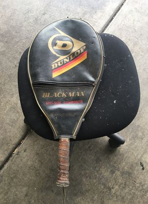 Tennis racket w/ leather case for Sale in Las Vegas, NV