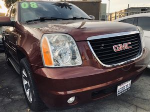 2008 GMC Yukon SLT w/ 144k miles for Sale in Whittier, CA