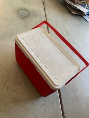 COLEMAN ICE COOLER !!! for Sale in Wildomar, CA