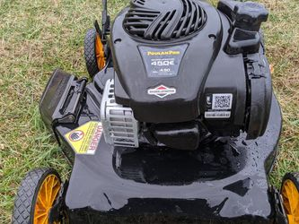 Poulan Pro Push mower for Sale in Adamstown,  MD