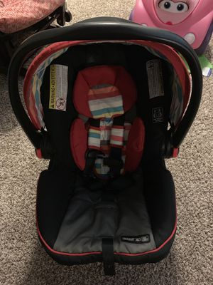 Graco click connect car seat and stroller for Sale in Dallas, TX