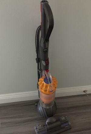 Dyson vacuum for Sale in Montclair, CA