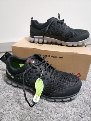 NEW REEBOK Alloy Toe Shoes - Size 10.5 W/ 8.5 M- Black / Grey for Sale in Cleveland, OH
