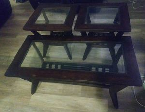 Like New 3 pc Espresso coffee table set for Sale in Cleveland, OH