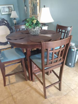 Dining table small kitchen for Sale in BVL, FL