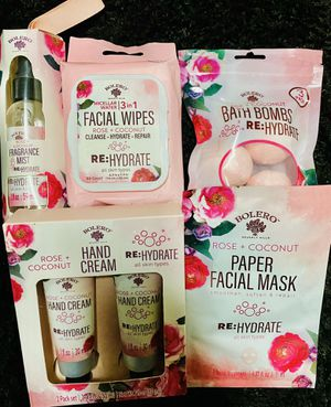 Rose+Coconut beauty bundle for Sale in Everett, MA