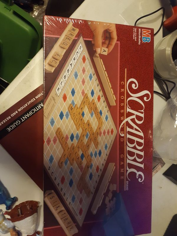 New sealed scrabble board game milton Bradley