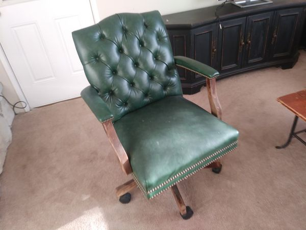 Old School Green Office Chair For Sale In Snohomish Wa Offerup