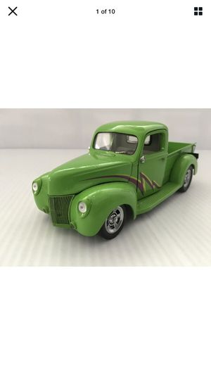 Franklin mint 1940 Ford for Sale in Kankakee, IL