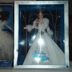 Holiday Visions Barbie & Swan Ballerina from Swan Lake Barbie for Sale in Houston, TX