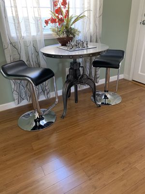 Multiple pieces of furniture and household decor for Sale in Burbank, CA