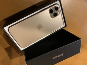 Apple iPhone 11 pro 256 GB Gold unlocked for Sale in Hayward, CA