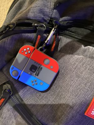 Nintendo switch earpod case for Sale in Anaheim, CA