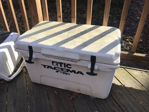 RTIC 45 Cooler for Sale in Chevy Chase, DC