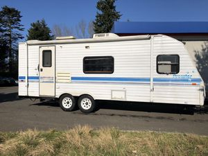 1996 23FT Prowler Travel Trailer for Sale in Everett, WA