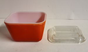Pyrex Red Refrigerator Dish with Lids for Sale in Sanatoga, PA